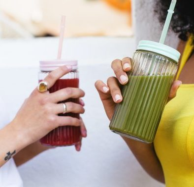 How To Build The Ultimate Gut-Friendly Smoothie, According To A GI Doctor